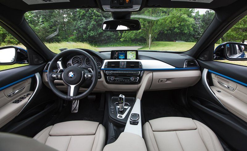 2018 Bmw 3 Series Interior Review Car And Driver