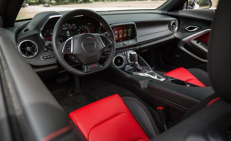 2018 Camaro Inside >> 2018 Chevrolet Camaro Interior Review Car And Driver