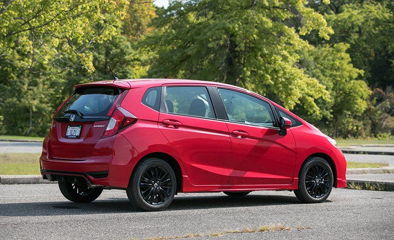 Honda Fit Reviews Honda Fit Price Photos And Specs Car And Driver