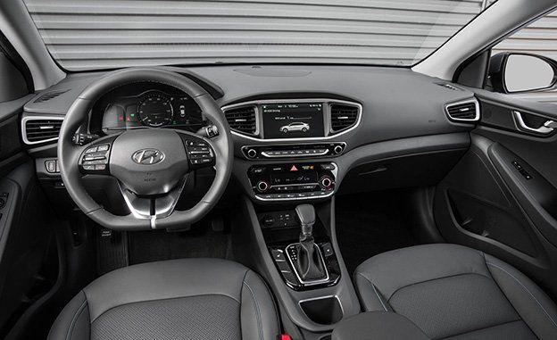 2018 Hyundai Ioniq Plug In Hybrid First Drive Review Car And Driver