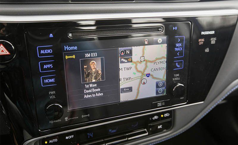 2018 Toyota Corolla Entune Infotainment Review Car And Driver