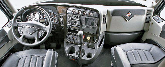 how to shift a semi feature car and driver rh caranddriver com manual shift trucks 2018 4 Speed Manual Shifter