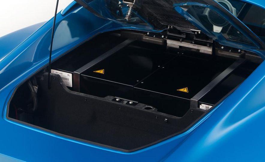 2014 Detroit Electric SP:01 roadster - Slide 4