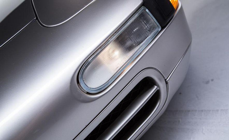 1995–98 Porsche 911 - Slide 5