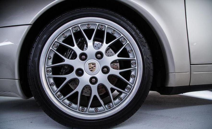 1995–98 Porsche 911 - Slide 13