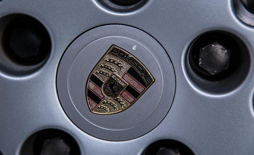 1995–98 Porsche 911 - Slide 14