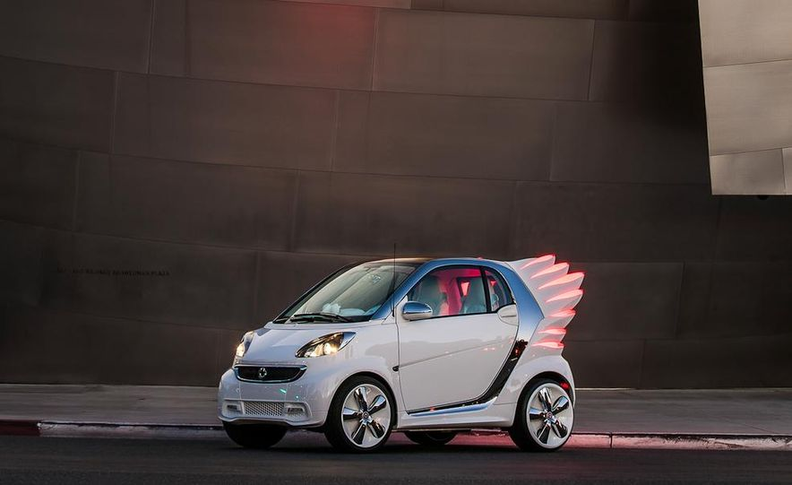 Smart Fortwo Edition by Jeremy Scott - Slide 10