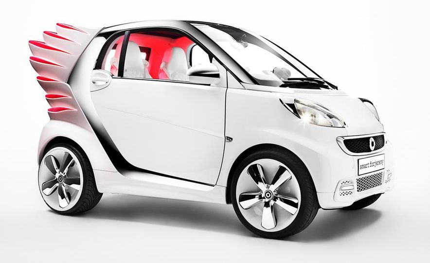 Smart Fortwo Edition by Jeremy Scott - Slide 22