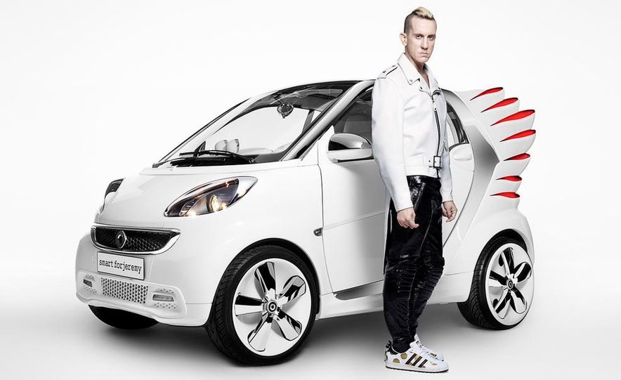 Smart Fortwo Edition by Jeremy Scott - Slide 27
