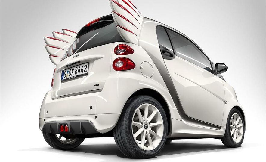 Smart Fortwo Edition by Jeremy Scott - Slide 2