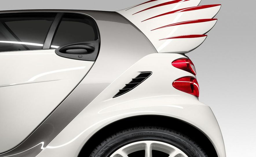 Smart Fortwo Edition by Jeremy Scott - Slide 4