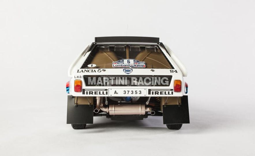 AUTOart 1985 Lancia Delta S4 rally car model - Slide 7