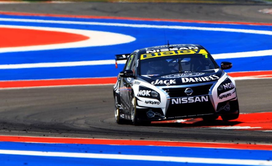 2013 Nissan Altima sedan and race cars at the Circuit of the Americas - Slide 20