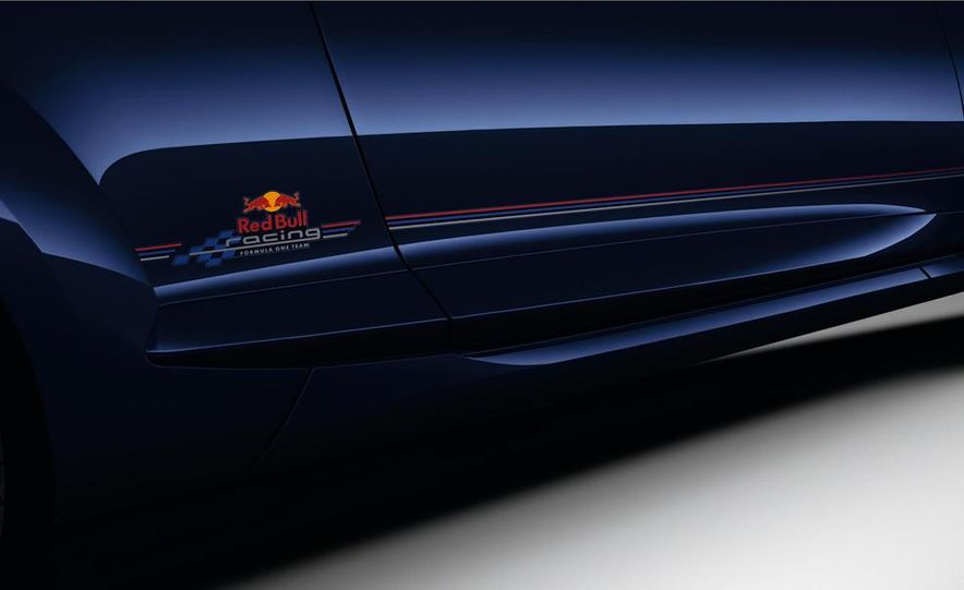 Renault Mégane RS Red Bull Racing RB8 Special Edition - Slide 10