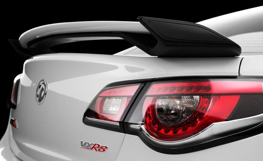 2014 Vauxhall VXR8 GTS - Slide 5