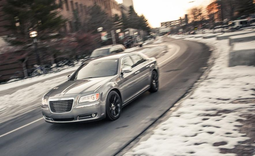 2012 Chrysler 300C - Slide 1