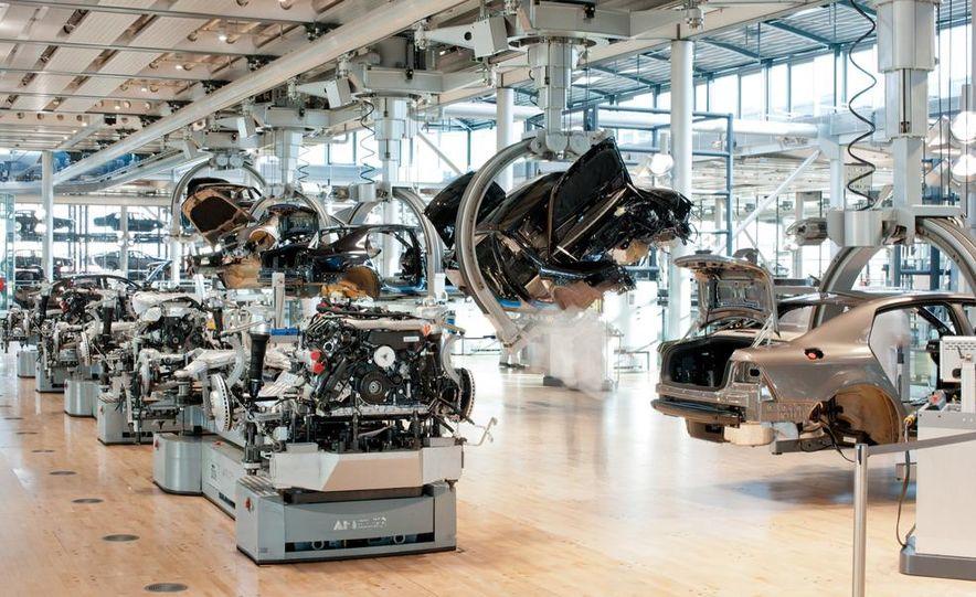 Volkswagen Golf blue-e-motions at the Volkswagen transparent factory, In Dresden, Germany. - Slide 21