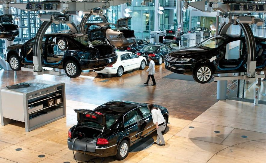 Volkswagen Golf blue-e-motions at the Volkswagen transparent factory, In Dresden, Germany. - Slide 27