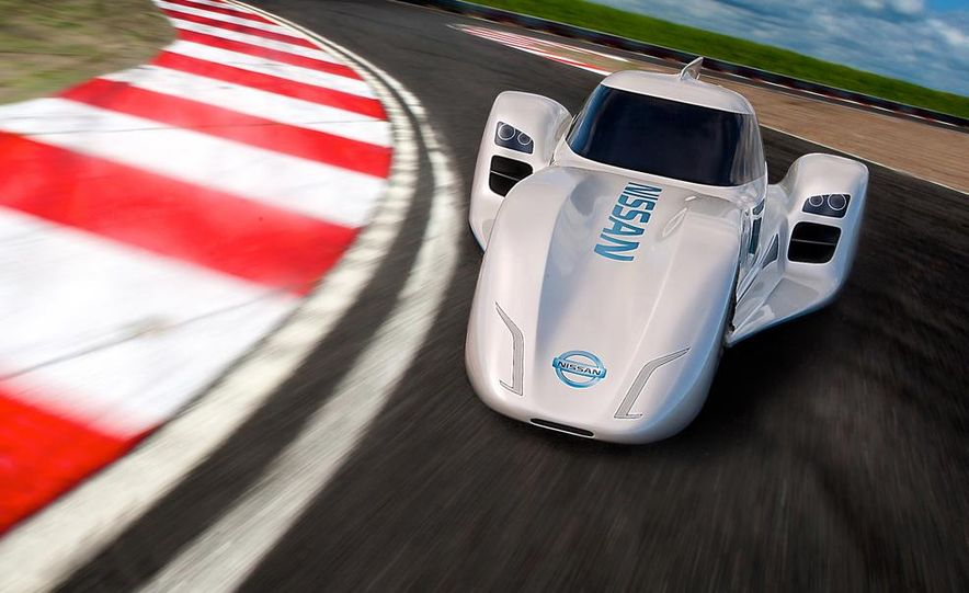 Nissan ZEOD race car - Slide 2