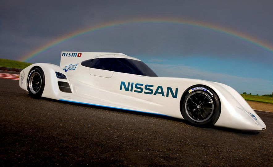 Nissan ZEOD race car - Slide 3