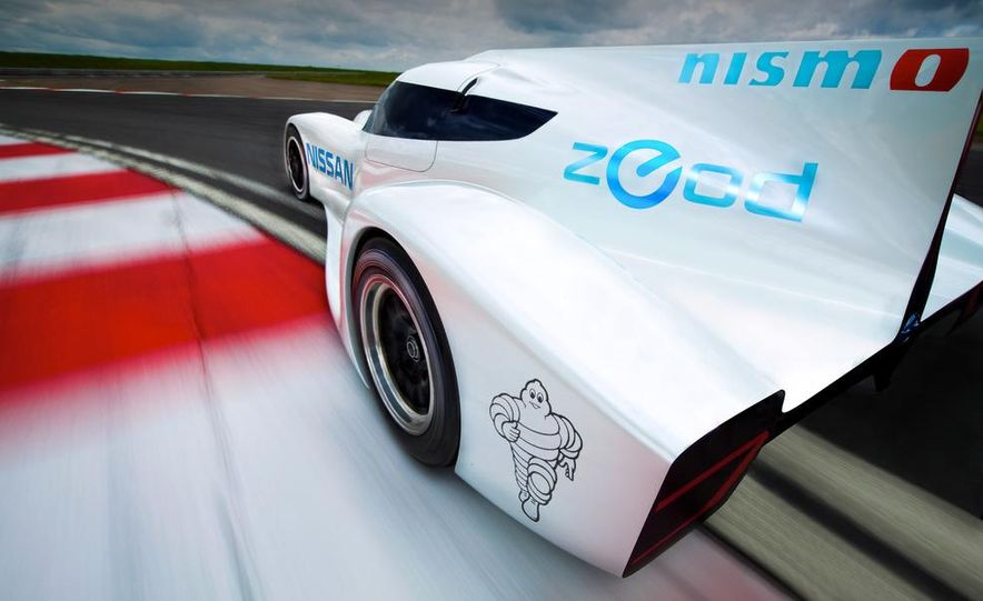 Nissan ZEOD race car - Slide 4