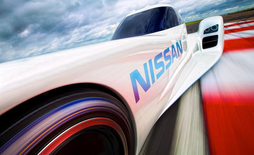 Nissan ZEOD race car - Slide 5