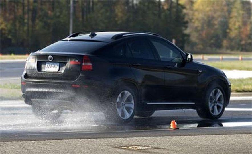 2009 BMW X6 - Slide 9