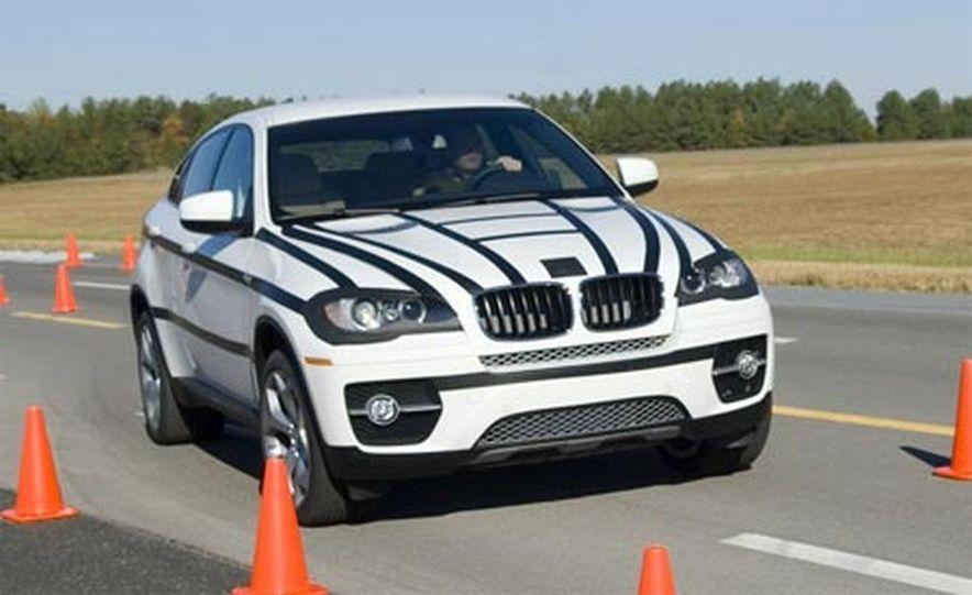 2009 BMW X6 - Slide 16
