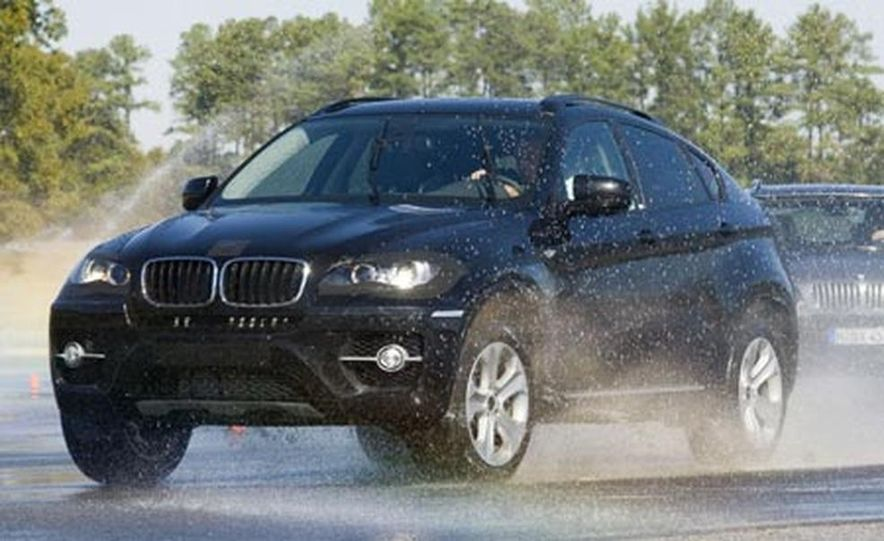 2009 BMW X6 - Slide 20