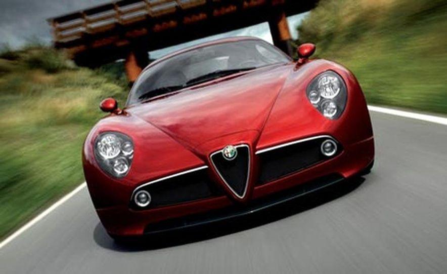 2009 Alfa Romeo 8C Competizione - Slide 3