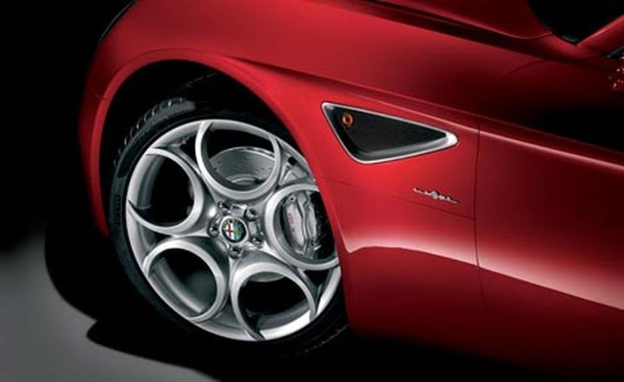 2009 Alfa Romeo 8C Competizione - Slide 23