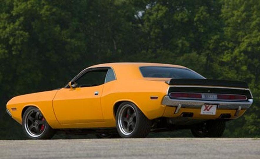 XV Dodge Challenger - Slide 3