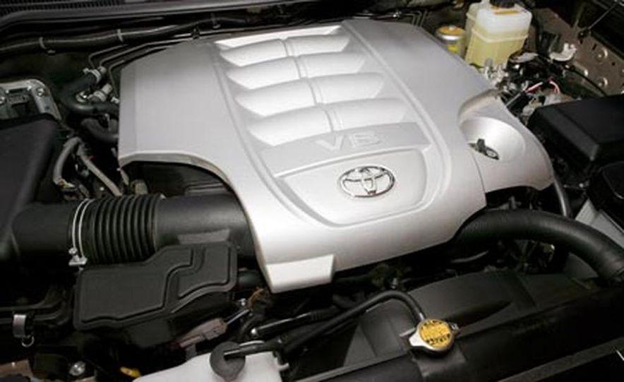 2008 Toyota Land Cruiser - Slide 11