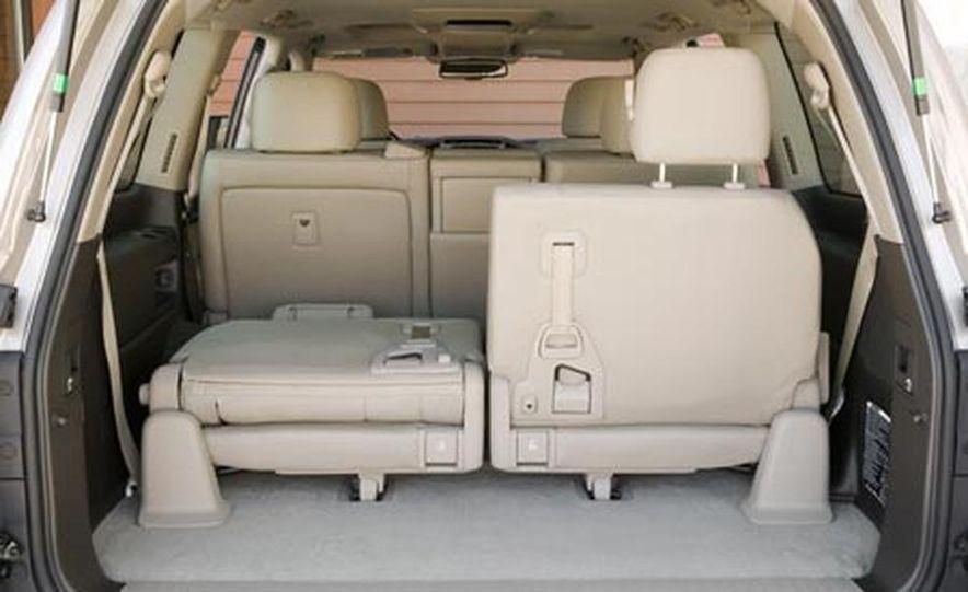 2008 Toyota Land Cruiser - Slide 17