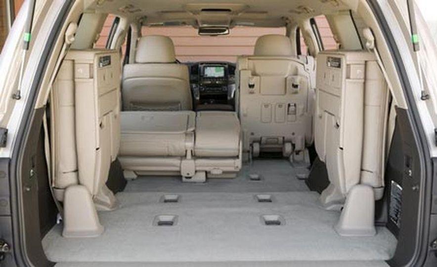 2008 Toyota Land Cruiser - Slide 18