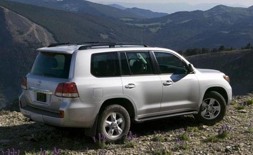 2008 Toyota Land Cruiser - Slide 4