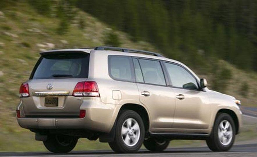 2008 Toyota Land Cruiser - Slide 6