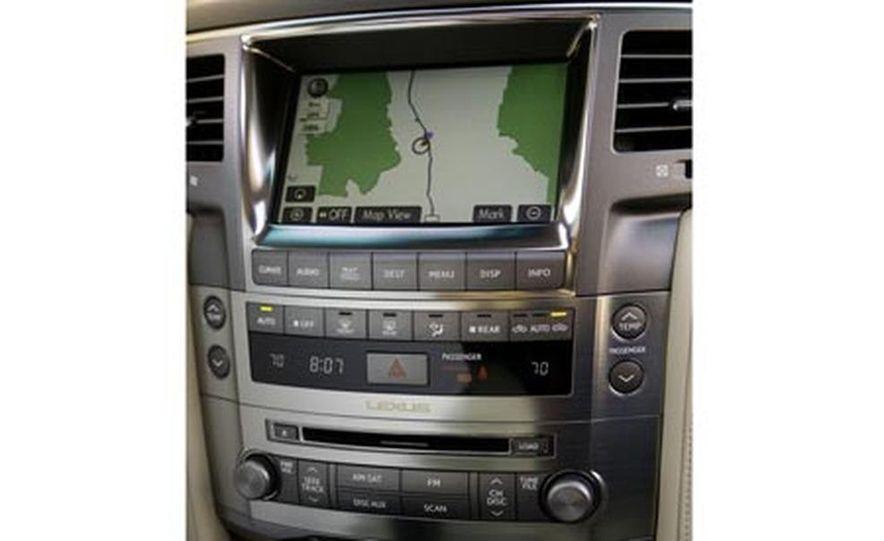 2008 Lexus LX570 - Slide 10