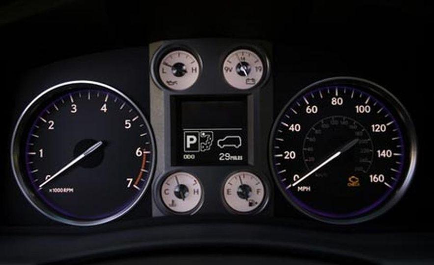 2008 Lexus LX570 - Slide 15