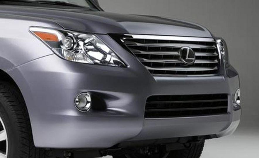 2008 Lexus LX570 - Slide 7