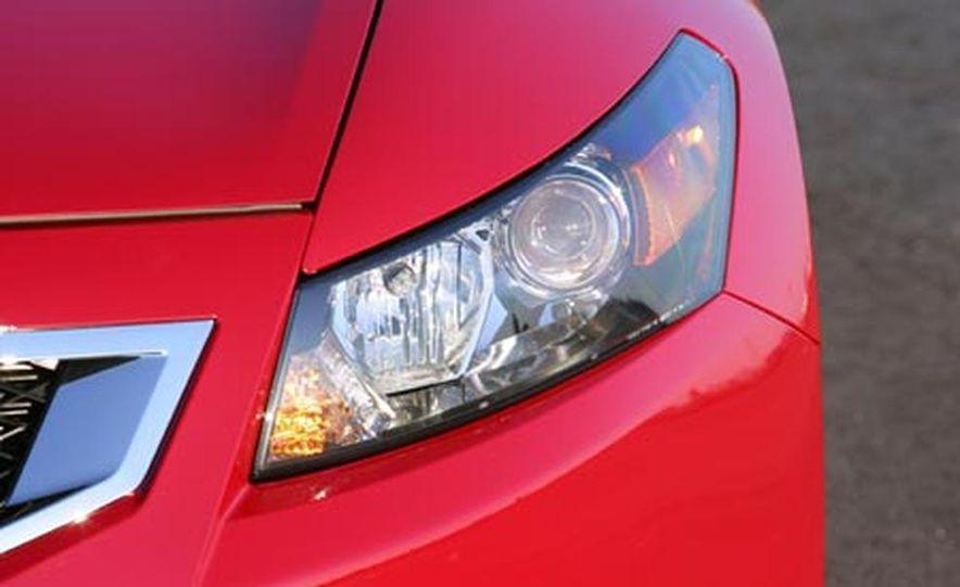 2008 Honda Accord 3.5-liter VTEC V6 engine - Slide 2