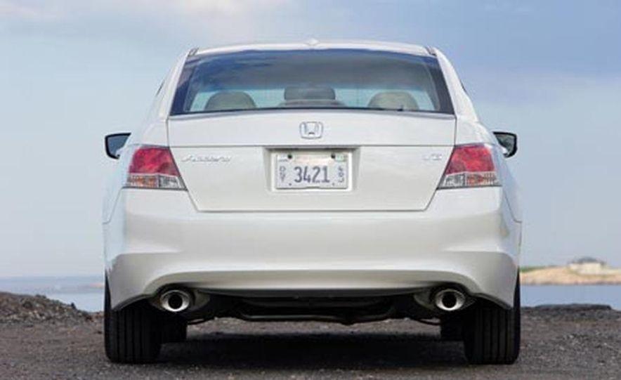 2008 Honda Accord 3.5-liter VTEC V6 engine - Slide 18