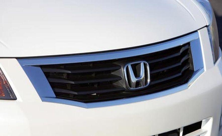 2008 Honda Accord 3.5-liter VTEC V6 engine - Slide 30