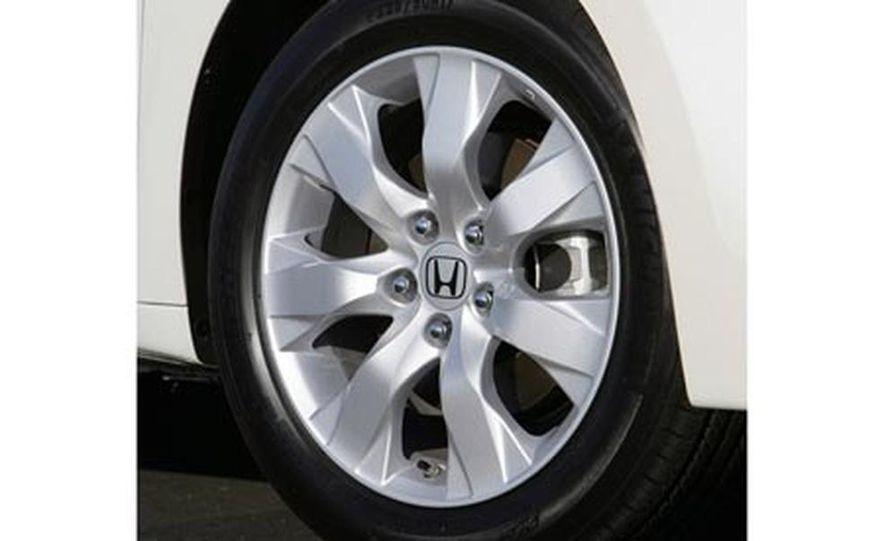 2008 Honda Accord 3.5-liter VTEC V6 engine - Slide 37
