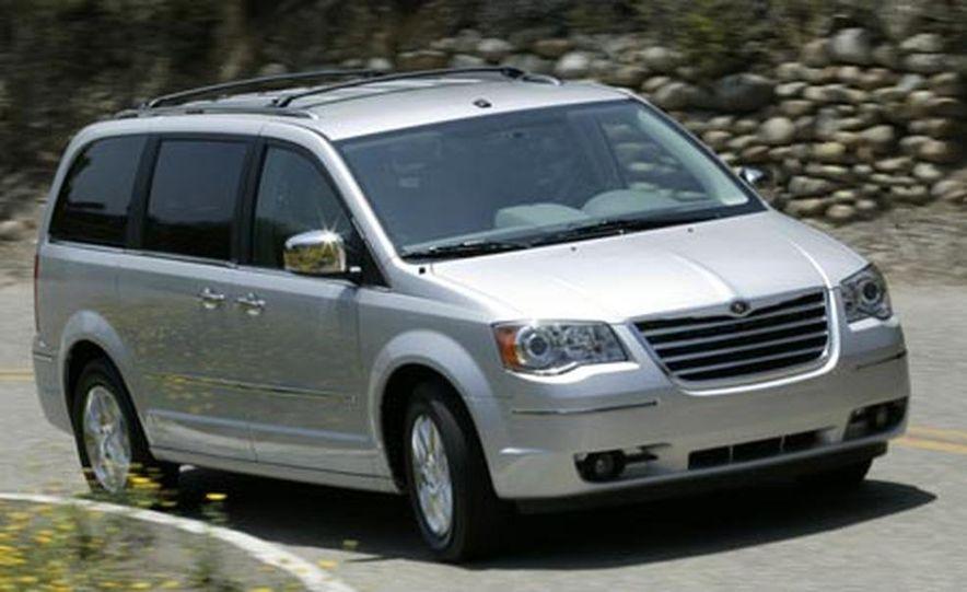 2008 Chrysler Town $amp; Country - Slide 1