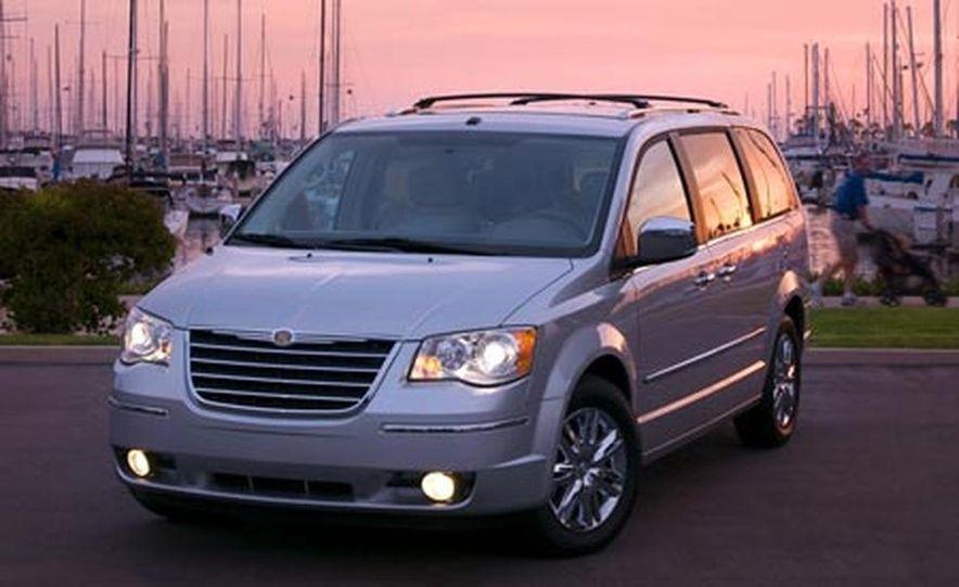 2008 Chrysler Town $amp; Country - Slide 4