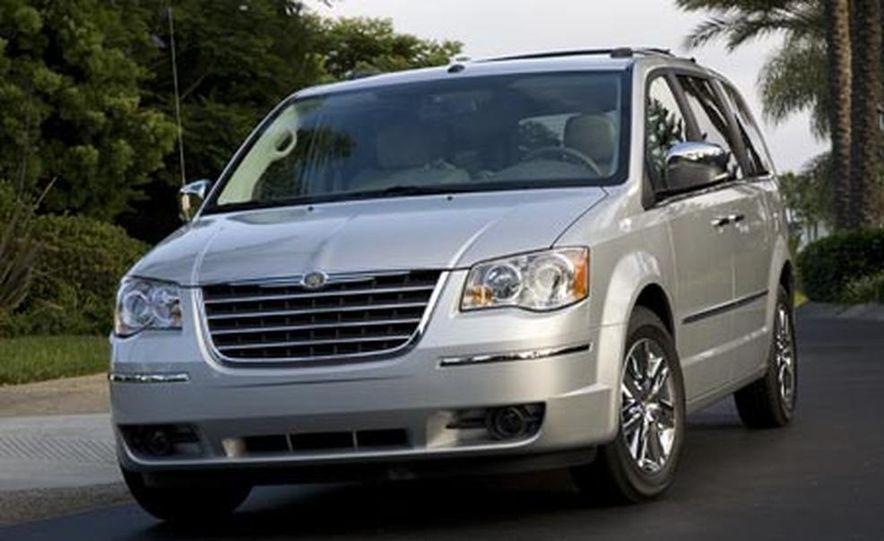 2008 Chrysler Town $amp; Country - Slide 7