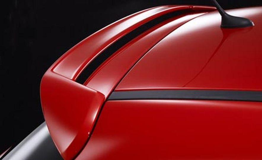 2007 Peugeot 207GTi - Slide 9