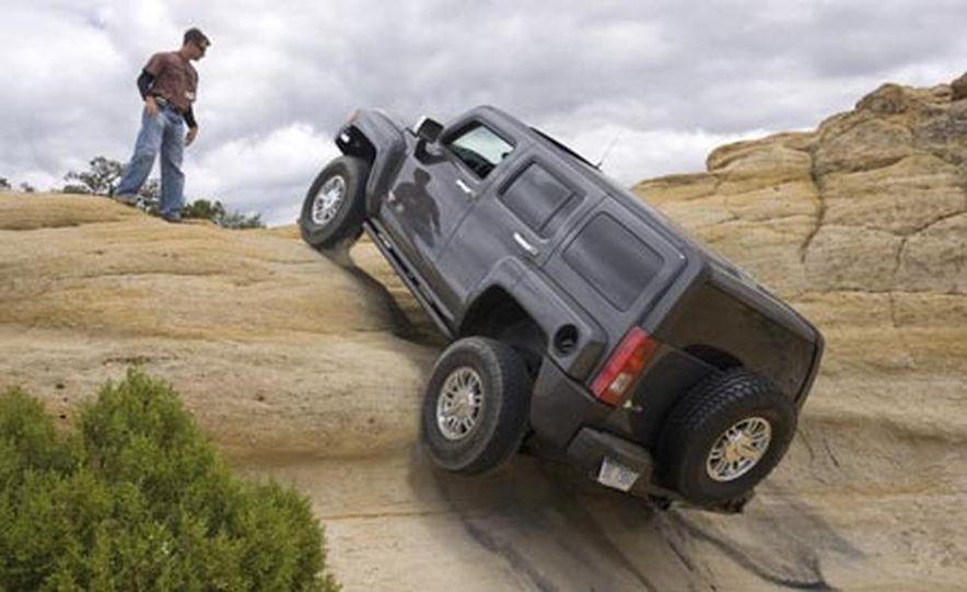 2008 Hummer H3 Alpha - Slide 15