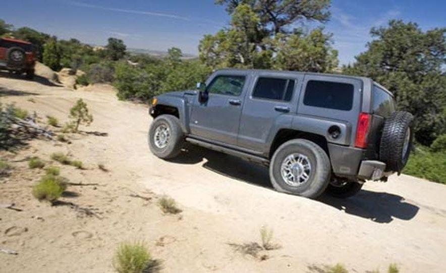 2008 Hummer H3 Alpha - Slide 16